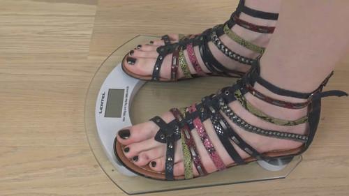 Kate & Eva - double sandals trampling Full HD