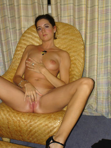 http://img163.imagetwist.com/th/16474/mhdss58xkqzs.jpg