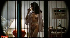 Melanie Griffith, Barbara Crampton in Body Double (1984) C6mfh18tis9f