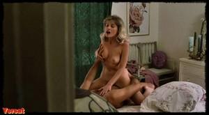 Melanie Griffith, Barbara Crampton in Body Double (1984) Fun1830jxurz