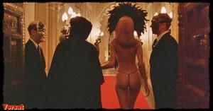 Nicole Kidman in Eyes Wide Shut (1999) Ld43a0ki2eo6