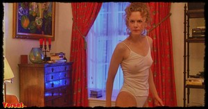Nicole Kidman in Eyes Wide Shut (1999) V2lko1zru7df