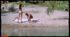 Jennifer Connelly & Debra Cole in The Hot Spot (1990) Gh8fdgwg9ro7