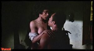 Pam Grier, Brenda Sykes, Fiona Lewis in Drum (1976) Yfeh03g8x23b