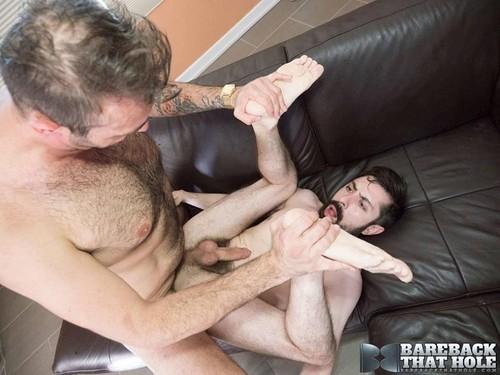 BarebackThatHole – Topher Michels & Geoff Gregorio Bareback