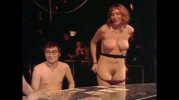 Celebrity Content - Naked On Stage 04640gx0k0ui