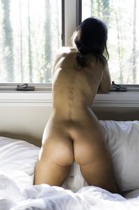 http://img163.imagetwist.com/th/17688/lf5gjgzeds6g.jpg