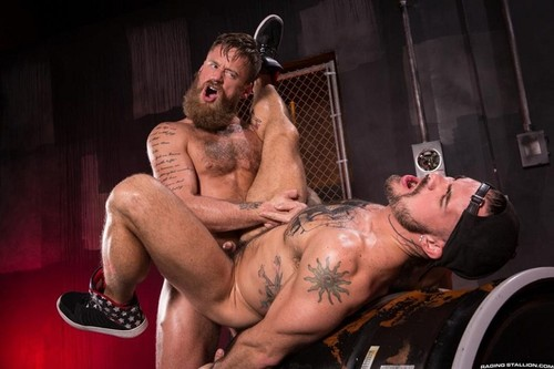 RagingStallion – Beards, Bulges & Ballsacks! (Aarin Asker & Hoytt Walker)