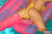Christine-Vinson-Liquid-Pink-669ms8obrz.jpg