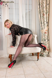 Anna Belle - Get horny at home