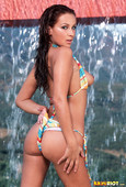 Dani-Woodward-Striped-String-Bikini-m6s8v6g4ar.jpg
