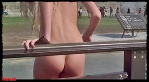 Daryl Hannah in Splash (1984) 720P 3uglgesfro4t