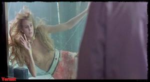 Daryl Hannah in Splash (1984) 720P F5drp3n9nhtm
