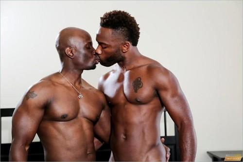 NextDoorEbony – Knotty Boys (Bam Bam & Jay Black)