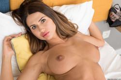 Alexandra - Hot and Sweet