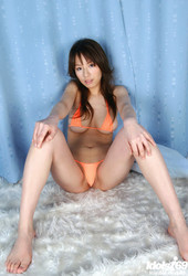 Towa-Aino-School-Girl-Shows-Off-Her-Big-Tits-In-The-Bath--w6s83d9h0m.jpg
