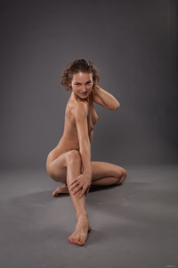 Sanna-Yoga-Queen--o6tk1jb7pv.jpg