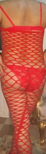 سارة عجمي خليجي بملابس سكسية
