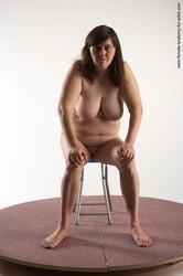 Artist-Beata-sitting-%28x64%29--o6tlbn0i0w.jpg