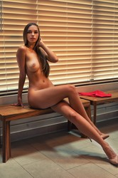 Cruzlyn-Shower-Mode-2-46-pictures-3000pxAlina-New-Years-Club-2-46-pictures-i6udk4ob4e.jpg