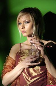 Sandra Sanchez - Parfum               Uploaded