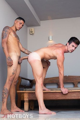 HotBoys – Verao Hotboys 2 (Christian Hupper & Junior Rodrigues) Bareback