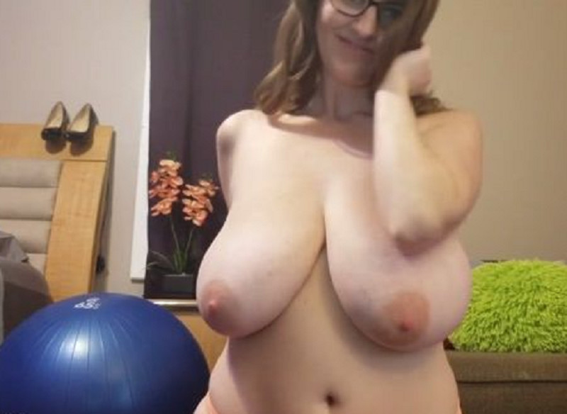 Jerk Yourself To My Sexy Body